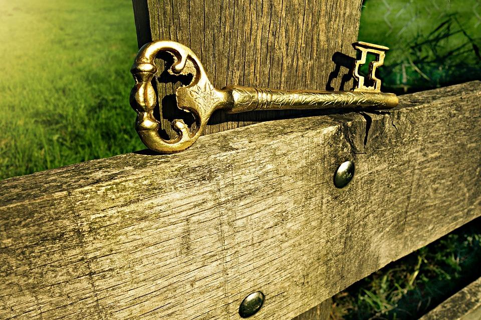 key-1600617_960_720[1]