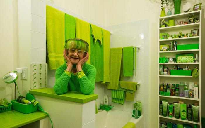 green-lady-1